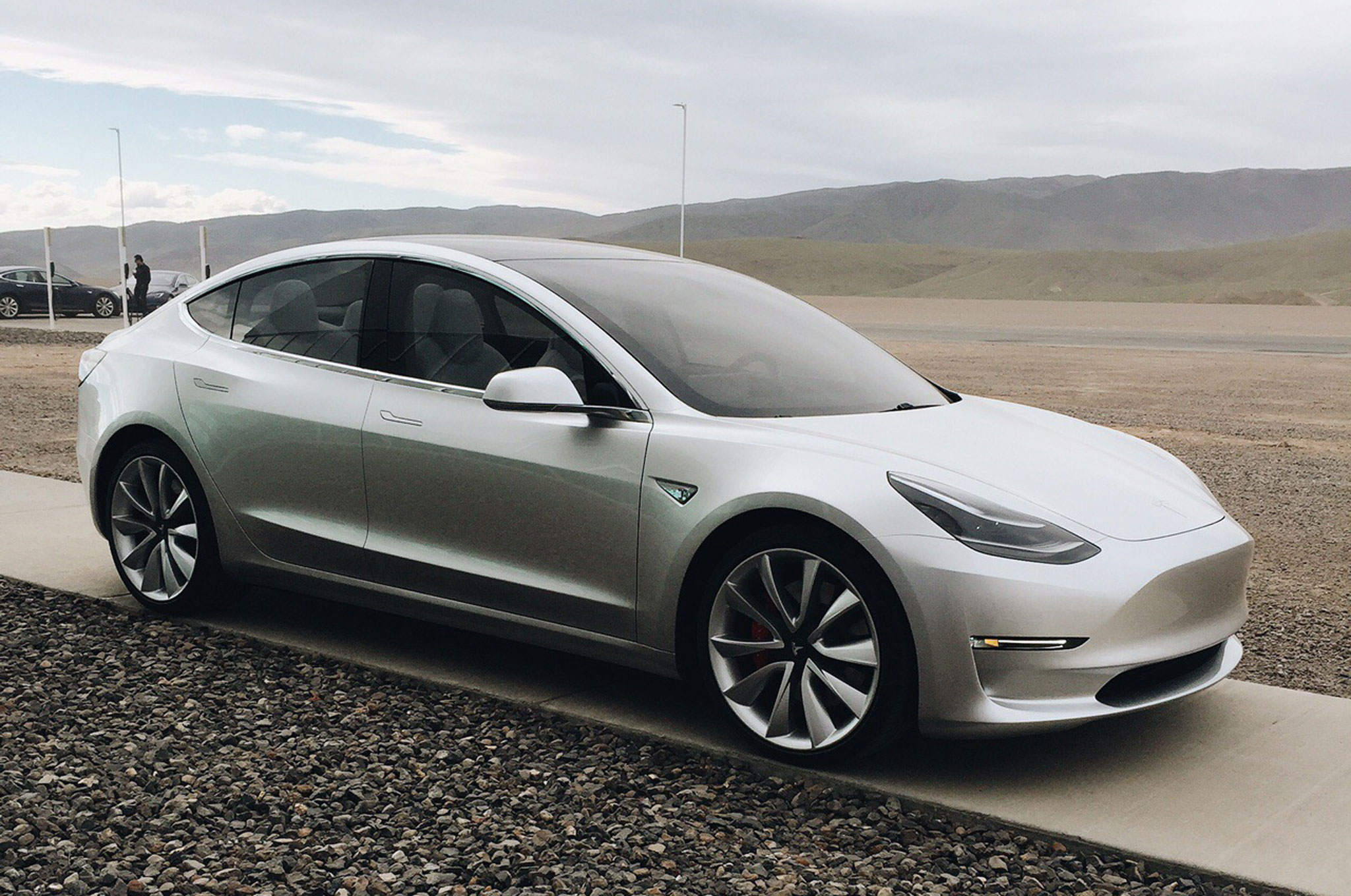 Tesla-Model-3-with-rocks